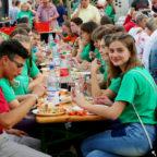 Zusammen Feiern: Jugendliche aus Schtschyrez und Gudensberg. Foto: Sander   nh