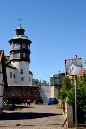 Treppenturm der JVA Schwalmstadt vom Lüdertor aus gesehen. Foto: Schmidtkunz