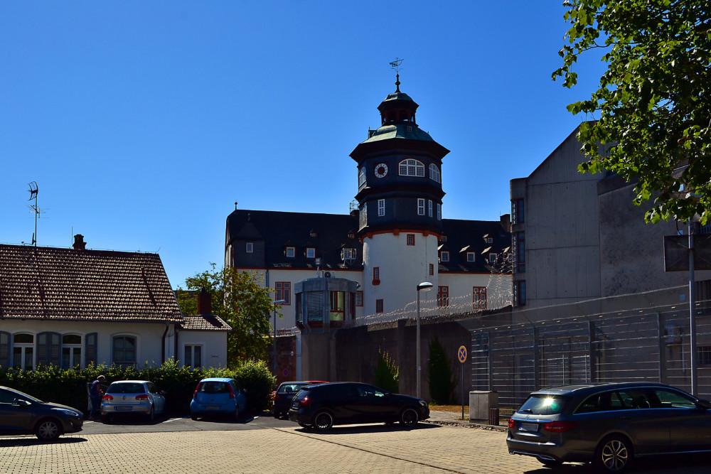 Historischer Festungsbau und JVA. Foto: Schmidtkunz