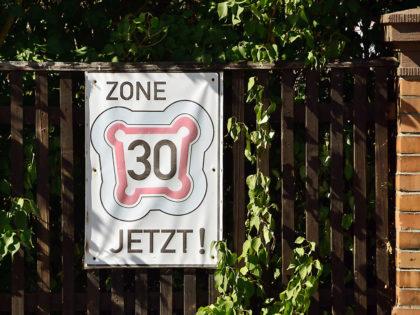 Tempo runter, Zone 30. Foto: Schmidtkunz