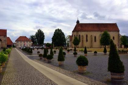 Vor dem Kloster Haydau liegt der Start- und Zielpunkt der Pilgerrunde. Foto: Schmidtkunz
