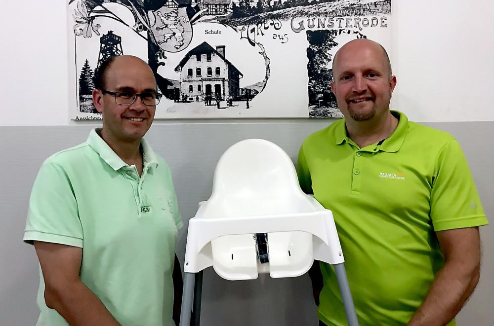 Hohe Stühle Für Kleine Bürger