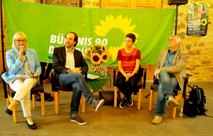 Von links: Dr. Bettina Hoffmann MdB, Daniel May MdL, Ska Keller MdEP, Martin Häusling MdEP. Foto: nh