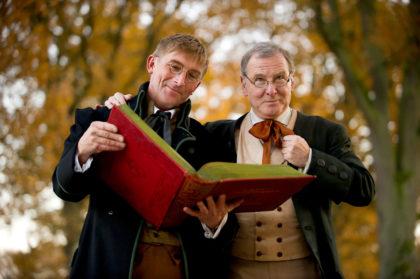 Stefan Becker und Carlos Ghiradelli verkörpern die Grimms. Foto: nh