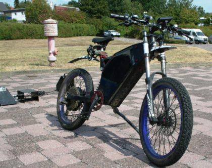 Das E-Bike Marke Eigenbau wurde aus australischen Einzelteilen zusammengeschraubt. Foto: Polizei