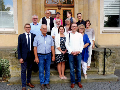 Unter Freunden rückt Europa enger zusammen. Im Bild: Die polnische Delegation trifft Vertreter der Schwalmaue. Foto: nh