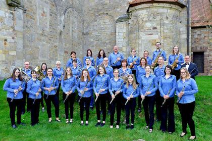 Das Blasorchester Brunslar unter Leitung von Torsten Eckerle. Foto: nh
