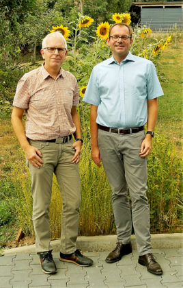 Die GRÜNEN Jörg Warlich (li.) und Matias Wagner auf Sommertour. Foto: Warlich | nh
