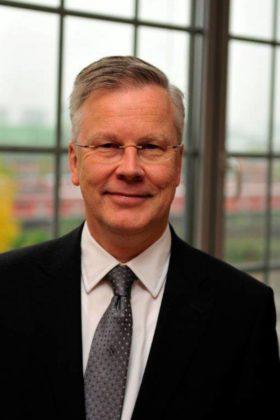 Dr. Klaus Vornhusen, Konzernbevollmächtigter der Deutschen Bahn AG für das Land Hessen Foto: DB AG, Herter