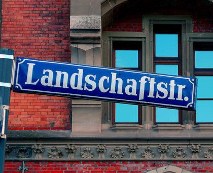"""Zu einem Kunstkurs """"Landschaften aus Wasser"""" lädt Eberhard Weyel ein. Foto: nh"""
