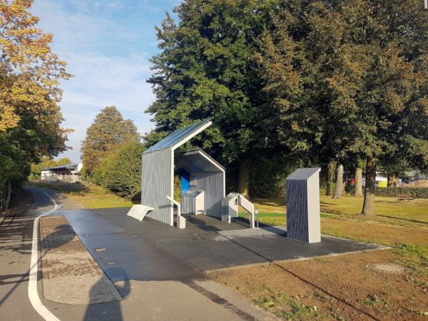Die neue Radstätte am Radweg Deutsche Einheit wurde in Ziegenhain ihrer Bestimmung übergeben. Foto: Inden