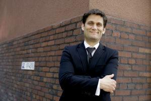 Kabarettist Christian Ehring vermutet: Keine weiteren Fragen. Foto: Horst Klein