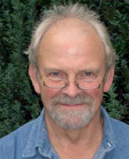 """Autor Jürgen Eichel liest auf """"Pladde"""" vom Leben auf dem Lande. Foto: nh"""