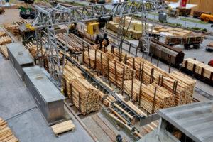 Holz im Wirtschaftskreislauf, dargestellt im Eisenbahnmodell. Foto: Jörg-Dieter Klatt