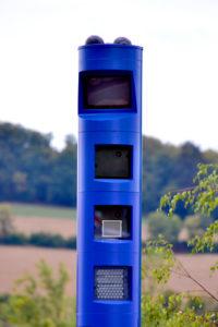 Kein Grund für abrupte Bremsmanöver. Blaue Mautsäulen blitzen nicht! Foto: Schmidtkunz