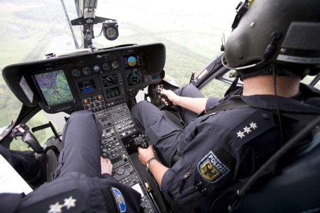 Der Hubschrauber zur Streckenüberwachung war ebenfalls im Einsatz. Symbolfoto: © Bundespolizei