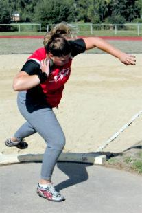 Janina Rohde beeindruckte mit vier 11m-Stößen und belegte den zweiten Platz mit 11,80 m. Foto: nh