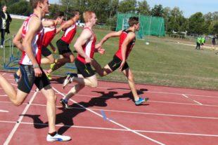 Knapp war die Entscheidung im 100m-Lauf