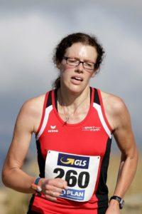 Luise Zieba auf dem Weg zur Bronzemedaille bei den Berglaufmeisterschaften. Foto: nh