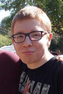 Seit Dienstag, 18. September 2018 vermisster 21-jähriger Maximilian S. aus Hofgeismar im Landkreis Kassel. Hinweise bitte an das Polizeipräsidium Nordhessen unter Tel. 0561 - 9100. Foto: nh