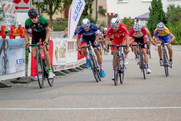 Kevin Vogel wird Zweiter im Sprint des Hauptfeldes und damit Gesamtdritter. Foto Helene Rettig