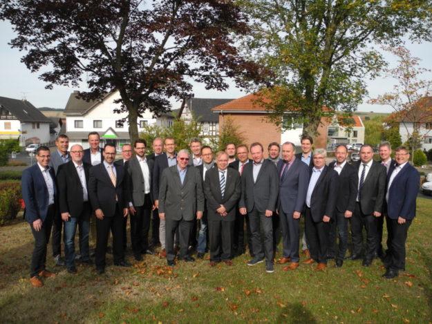 Die Bürgermeister des Schwalm-Eder-Kreises berieten sich auf ihrer Jahrestagung über Finanzspritzen und Holzvermarktung. Foto: nh
