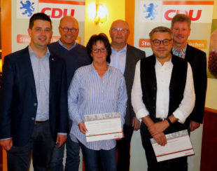 Matthias Wettlaufer, Martin Theune, Bärbel Falk, Jürgen Lepper, Bernd Glänzer, Klemens Olbrich. (v.- li.) Foto: nh