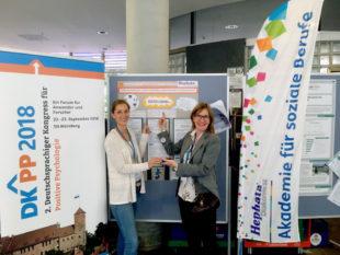 Carolin Haun und Michaela Wegener (von links). Foto: Hephata