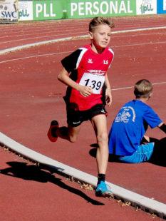 Der 10-jährige Linus Schopf auf dem Weg zum neuen Kreisrekord. Foto: nh