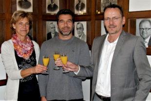 Die WM-Teilnehmer mit Bürgermeister Boucsein. Foto: nh