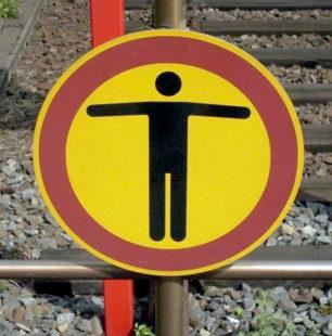 Gleise nicht betreten, Durchgang verboten. Foto: Bundespolizei