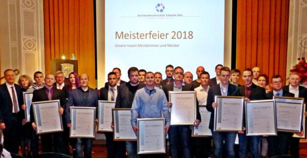 33 neue Handwerksmeister wurden in der Homberger Stadthalle ausgezeichnet. Foto: Scholz