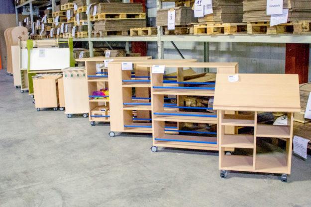 Der Sonderverkauf bei Ehring Markenmöbel bietet Preisnachlässe von bis zu 70%.