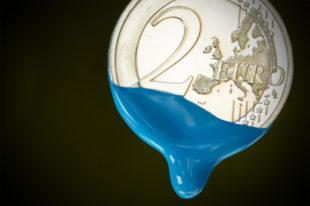 Wenn mehr Euros in die Lohntüte tröpfeln: Durch ein Lohn-Plus gibt's jetzt zusätzliches Geld, das das Leben der Maler bunter macht. Foto: nh
