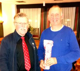 Lionsclub-Präsident Heinz Marx (li) und NABU-Referent Rainer Hartmann. Foto: nh