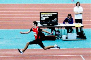 Der 17-jährige Yannick Schleider überraschte im Dreisprung der Männer mit Rang fünf. Foto: nh