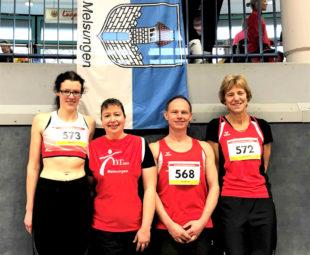 Luise Zieba, Monika Groh, Bernd Gabel und Jutta Pfannkuche – vier MT-Athleten, vier Goldmedaillen bei den Landesmeisterschaften. Foto: nh