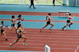Vivian Groppe holte sich den Sieg im vierten 60m-Zeitvorlauf mit 8,07 Sekunden. Foto: nh