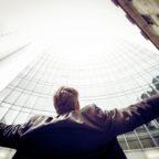 Welcher Firmenchef möchte mit seinen Ideen nicht gern über sich hinauswachsen? Ein paar Tipps für ein attraktives Unternehmen gibt es am 12. September im Hardehäuser Hof. Symbolfoto: Chisu | unsplash