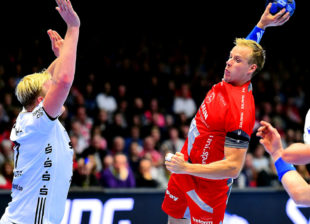 Im Bundesliga-Heimspiel der MT Melsungen gegen den THW Kiel zeigte sich Lasse Mikkelsen mit acht Toren als der stärkste Akteur. Foto: Hartung