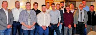 Erfolgreiche Kraftfahrzeugmechatroniker in Schwalmstadt. Foto: Kreishandwerkerschaft