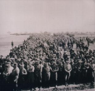 Für den »Aufmarsch« wurden SA-Männer benötigt, damit die Parade überhaupt organisiert werden konnte. Foto: Regionalmuseum Fritzlar