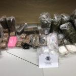 Verbotene Betäubungsmittel mit einem Straßenverkaufswert in Höhe etwa einer halben Million Euro zog die Polizei aus dem Verkehr. Foto: Polizei