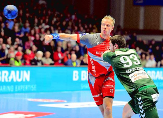 Lasse Mikkelsen im Heimspiel gegen die Füchse Berlin. Foto: Heinz Hartung
