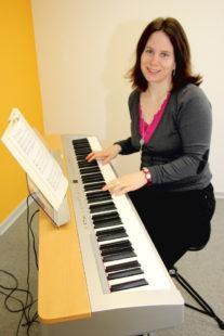 Der Hephata-Gospelchor wurde vor fünf Jahren von Hephata-Kantorin Dorothea Grebe gegründet. Foto: Hephata