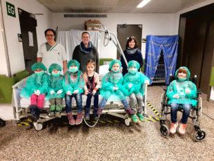 So spannden der Besuch für die Kinder, so lehrreich war er auch für die Erzieherinnen und das Klinikpersonal. Foto: Asklepios