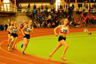 Maybritt Böttcher überraschte als Zwetie im 800m-Lauf der WU16 und verbesserte sich auf 2_42,48 Minuten. Foto: nh