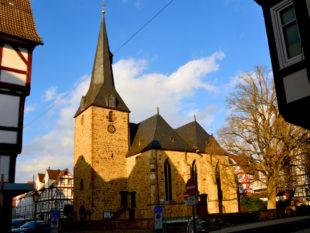 Die gotische Melsunger Stadtkirche. Foto: SchmidtkunzDie gotische Melsunger Stadtkirche. Foto: Schmidtkunz