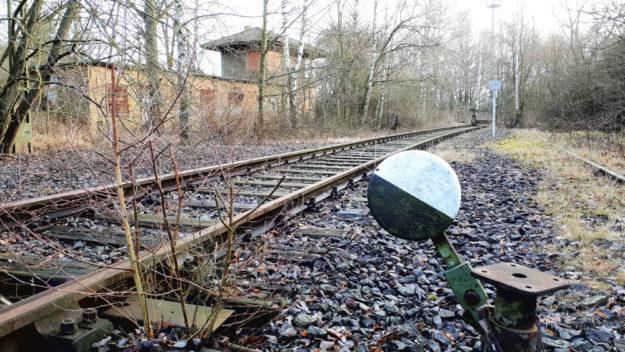 Die alte Bahntrasse Schwalmstadt-Homberg könnte nach Worten der FWG Homberg ein attraktiver Radweg werden. Foto: Utpatel