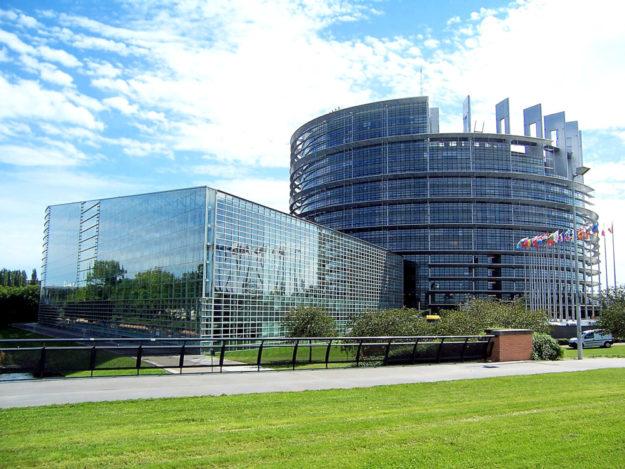 Der Sitz des Europäischen Parlaments in Straßburg. Die EU-Ausschüsse tagen meist in Brüssel. In Luxemburg sitzt das Generalsekretariat. Foto: pixabay